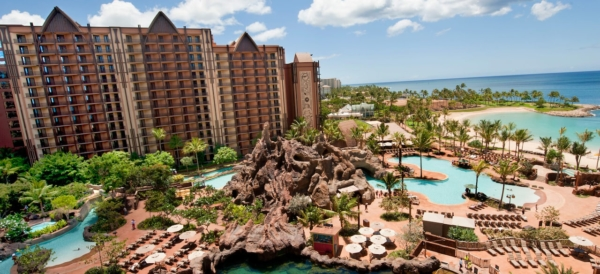 best family resorts in Hawaii Aulani